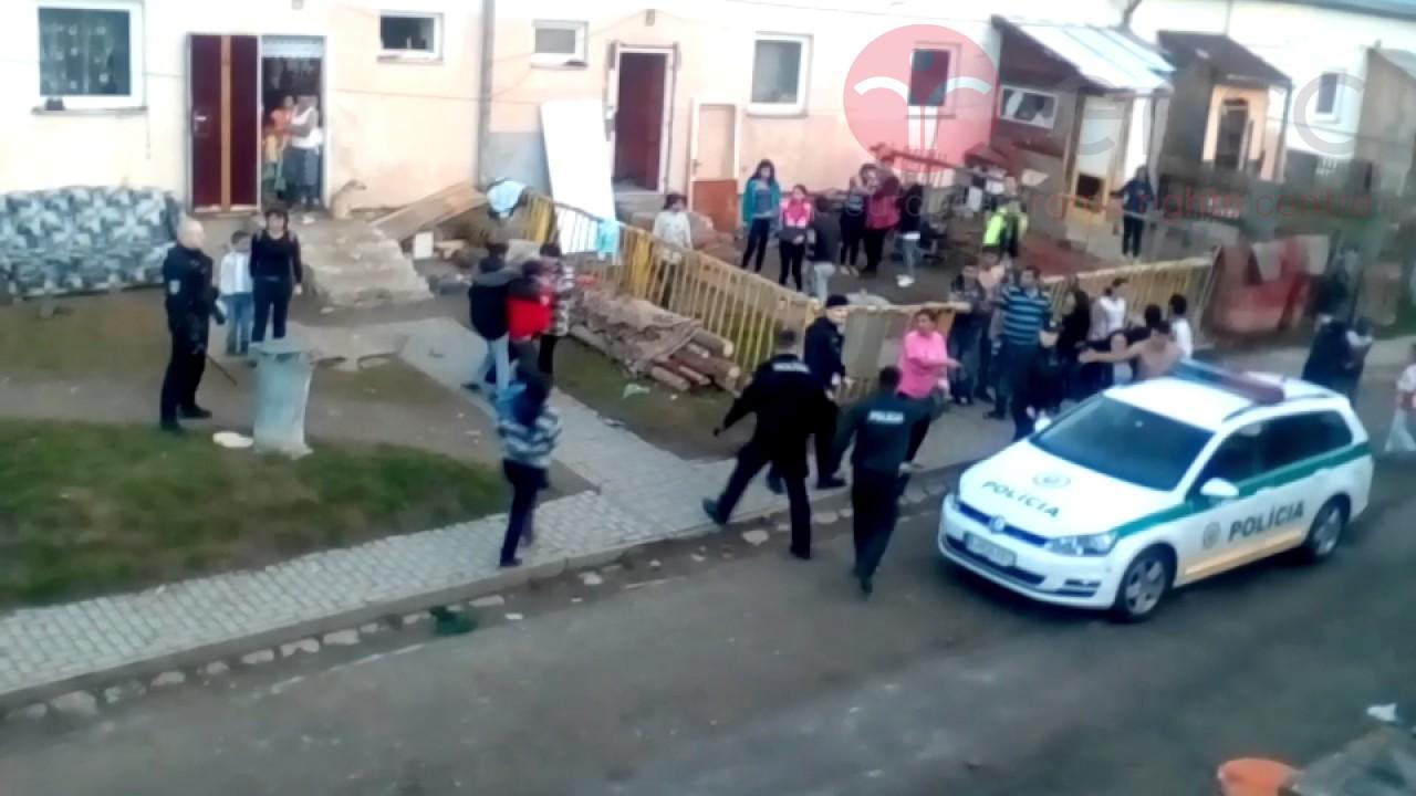 slovacka-policija-napala-romsku